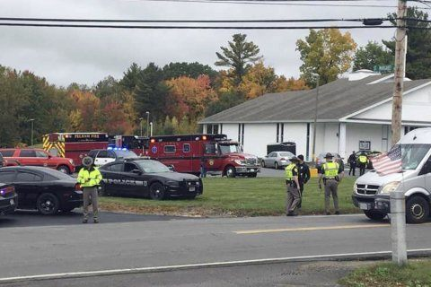 Gunman opens fire at church wedding ceremony, 2 people shot