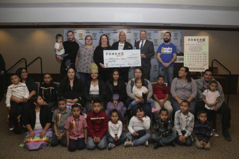 Michigan couple with 21 grandchildren claims $80M Powerball