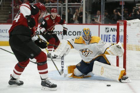 Kessel scores twice, leads Coyotes past Predators 5-2