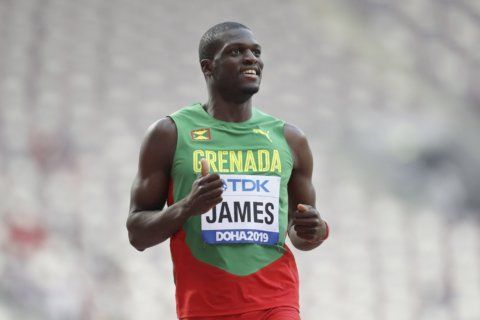Kirani James back in blocks, back to form in 400 at worlds