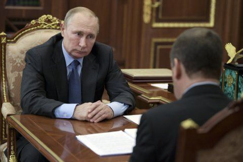 Putin wants to leave doping issues in past amid data inquiry