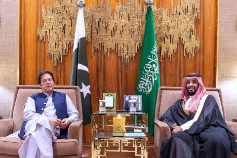 Pakistan says Saudis, Iran willing to pursue diplomacy
