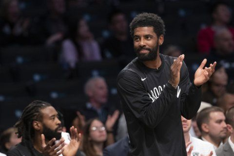 Irving, playing with face fracture, leaves Nets-Lakers early