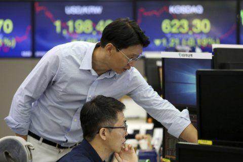 Global markets mixed as investors eye US jobs data