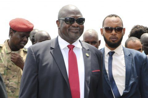 South Sudan's opposition leader warns of return to civil war