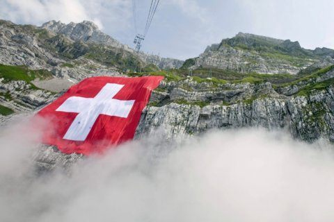 Swiss choose new parliament, vote could see Green gains