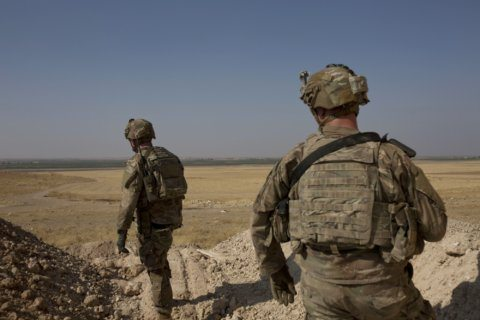 US may now keep some troops in Syria to guard oil fields
