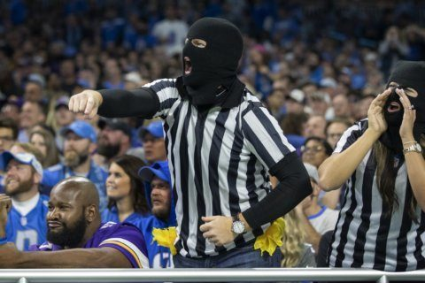 ICYMI in NFL Week 7: Lions fans call out officiating circus