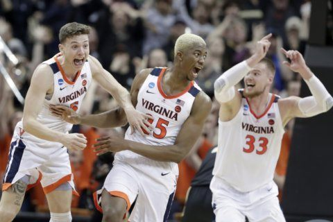 Column: College basketball is here, whether you like it or not
