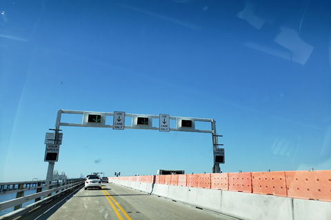 Maryland moves on Bay Bridge toll booth demolition to head off summer gridlock