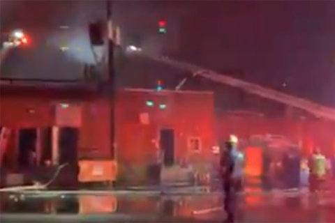 Fire engulfs Belle View Shopping Center in Fairfax Co.