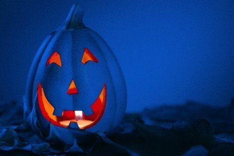 How a blue Halloween bucket can help kids with autism go trick-or-treating