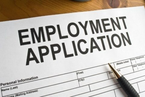 The best time to apply for jobs is now, experts say