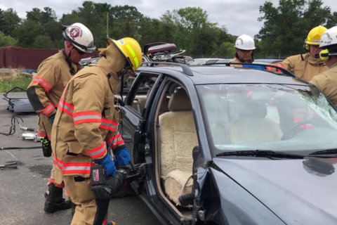 VIDEO: How Montgomery Co. firefighters rescue trapped drivers