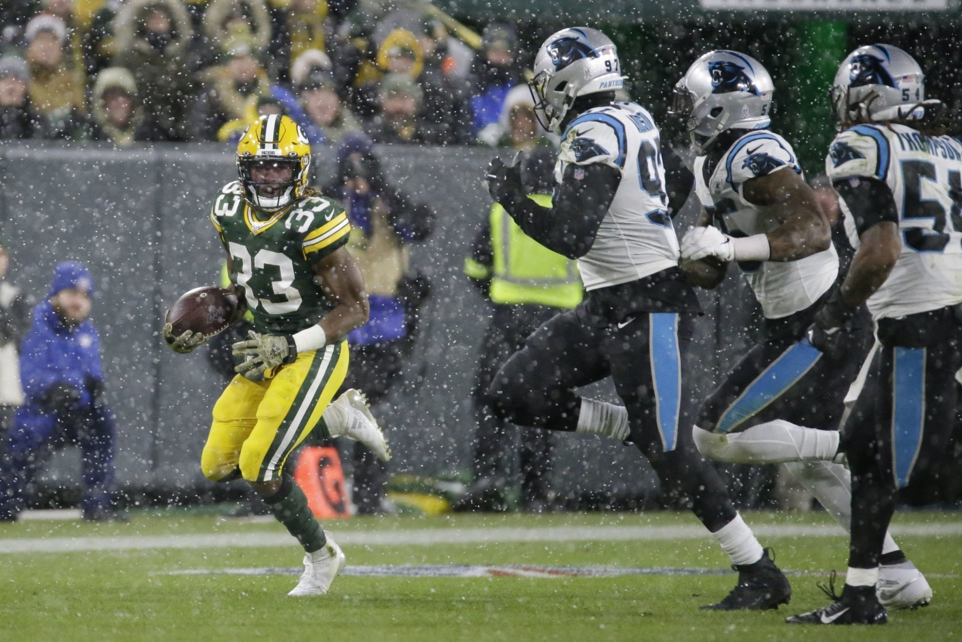 <p><em><strong>Panthers 16</strong></em><br /> <em><strong>Packers 24</strong></em></p> <p>What&#8217;s old: Riverboat Ron Rivera gambles late by going for a rushing touchdown in the final seconds, falling short in snowy Green Bay.</p> <p>What&#8217;s new: The Packers enter their bye week 8-2 with Aaron Rodgers playing second fiddle to Aaron Jones and the best defense they&#8217;ve had in years. What a time to be a Pack fan.</p>