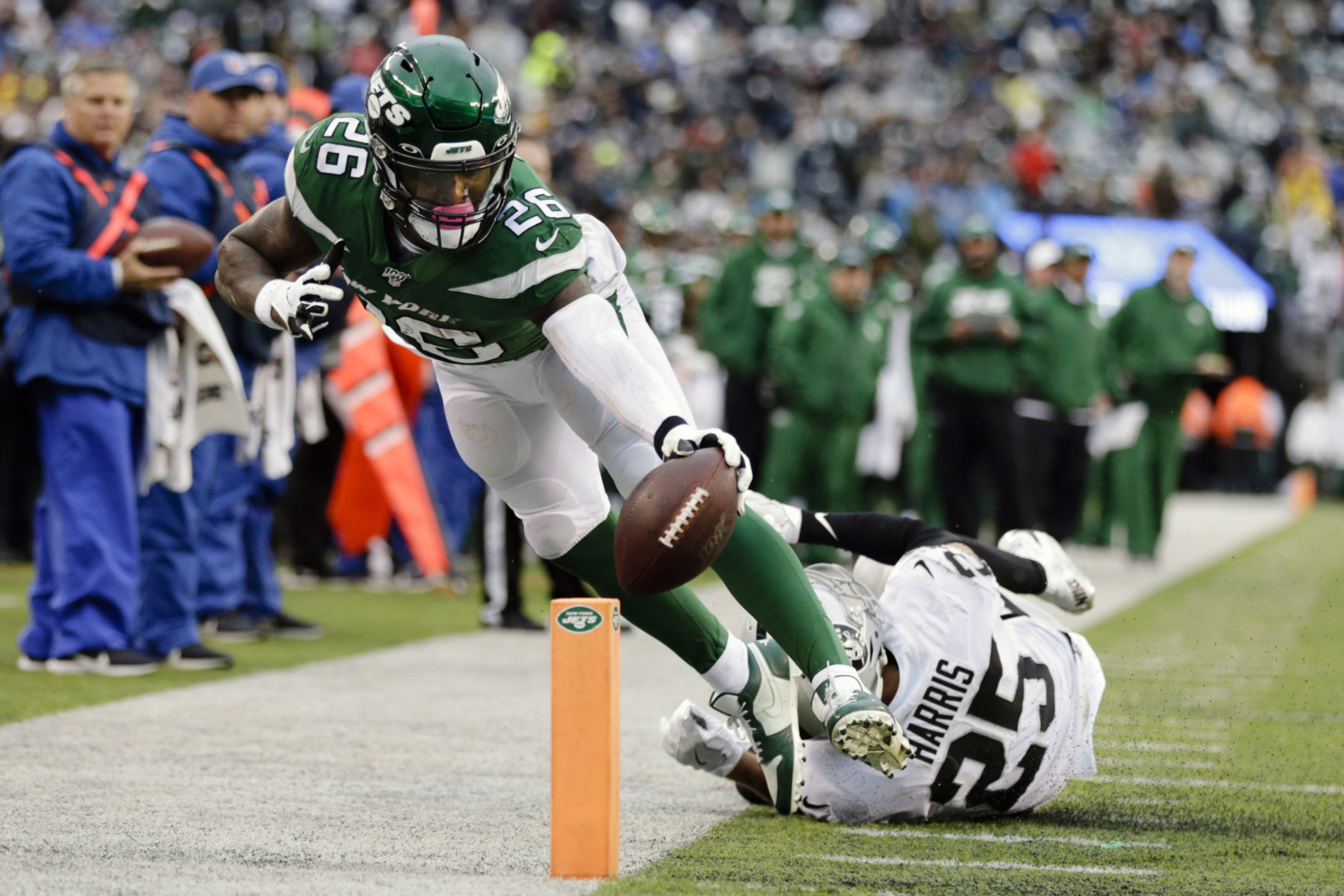 <p><b><i>Raiders 3</i></b><br /> <b><i>Jets 34</i></b></p> <p>The Jets have held 30-point leads in back-to-back games for the first time in franchise history, and are unlikely winners of three straight games after scoring 34 in each of them. It&#8217;s too late to catch the Patriots and Bills in the division, but a .500 finish for Gang Green could inspire some confidence a healthier Jets roster in 2020 could do some damage.</p>