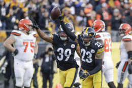 """<p><b><i>Browns 13</i></b><br /> <b><i>Steelers 20</i></b></p> <p>In the predictably contentious rematch of the awful Thursday Night brawl two weeks ago, Freddie Kitchens stoked the flames with some <a href=""""https://www.espn.com/nfl/story/_/id/28194297/browns-coach-freddie-kitchens-seen-wearing-pittsburgh-started-shirt"""" target=""""_blank"""" rel=""""noopener"""" data-saferedirecturl=""""https://www.google.com/url?q=https://www.espn.com/nfl/story/_/id/28194297/browns-coach-freddie-kitchens-seen-wearing-pittsburgh-started-shirt&amp;source=gmail&amp;ust=1575342523390000&amp;usg=AFQjCNFvUwUpuurF2ehlU9iMIPyeqh2loQ"""">questionable apparel</a> and led the Browns to slaughter in Pittsburgh for the 16th straight trip there. Rarely has a head coach looked so much like a one-and-done.</p> <p>And rarely has a coach looked more like Coach of the Year than Mike Tomlin does now. His third-string QB <a href=""""https://www.espn.com/nfl/story/_/id/28179067/steelers-quarterback-devlin-hodges-anything-lose"""" target=""""_blank"""" rel=""""noopener"""" data-saferedirecturl=""""https://www.google.com/url?q=https://www.espn.com/nfl/story/_/id/28179067/steelers-quarterback-devlin-hodges-anything-lose&amp;source=gmail&amp;ust=1575342523390000&amp;usg=AFQjCNHTNJtAntdMG4Dj-a-pzaaHEt17Tg"""">slung it like he said he would</a> and his injury-depleted team continues to control the last wild card in AFC.</p>"""