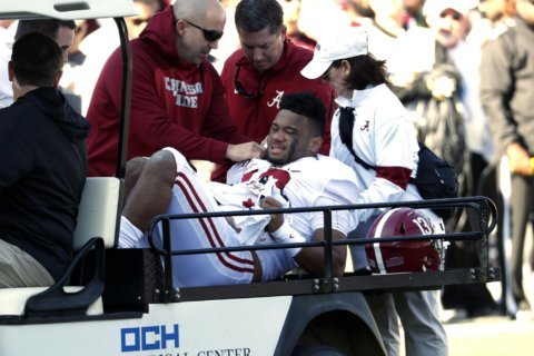 Alabama's Tua Tagovailoa injures hip, out for rest of season