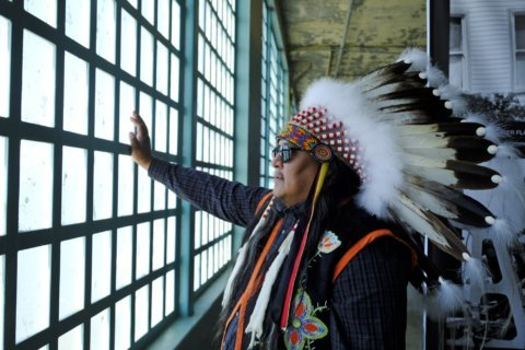 Native Americans honor 50th anniversary of Alcatraz takeover