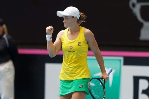 Top-ranked Ash Barty defeats Garcia to level Fed Cup final