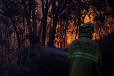 3 dead, dozens injured as Australia wildfires raze homes