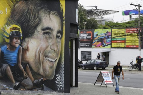 Senna celebrations at Brazilian GP 25 years after his death