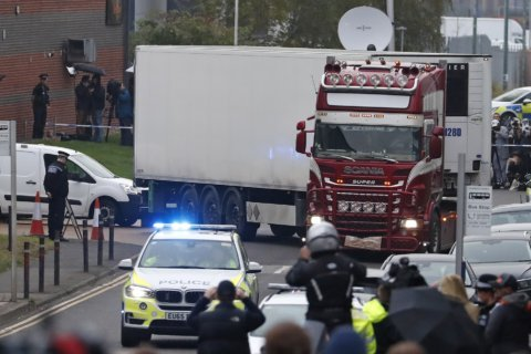 Bodies of victims found in UK truck repatriated to Vietnam