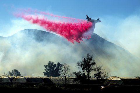 Crews make progress on large Southern California wildfire