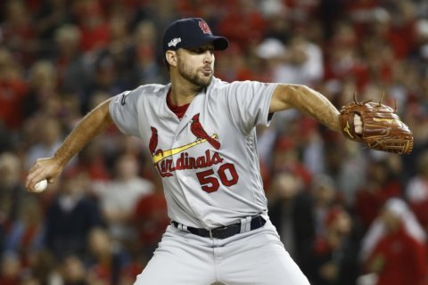 Cardinals agree to deal with Adam Wainwright for 2020 season
