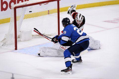 Gusev, Boqvist help Devils top Jets in shootout