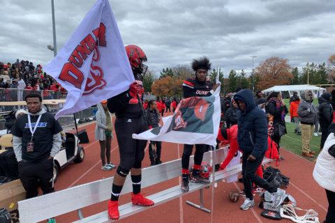 DC Turkey Bowl turns 50: Dunbar High wins in honor of fallen player