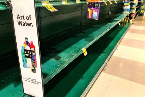 Arlington, DC stores hustle to restock bottled water amid boil advisory