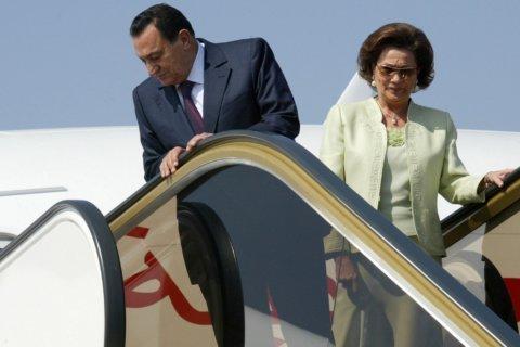 Son of Egypt's former President Mubarak says mother ill