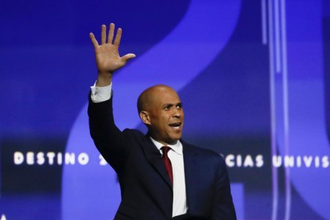 Booker's campaign shifts into all-out sprint to persuade voters to get him in December debate