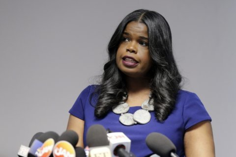 Embattled Illinois prosecutor announces bid for re-election