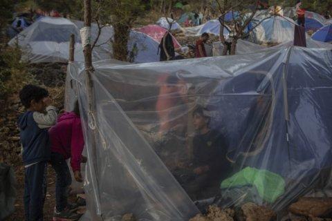 Greece: EU ignored request to help refugee children