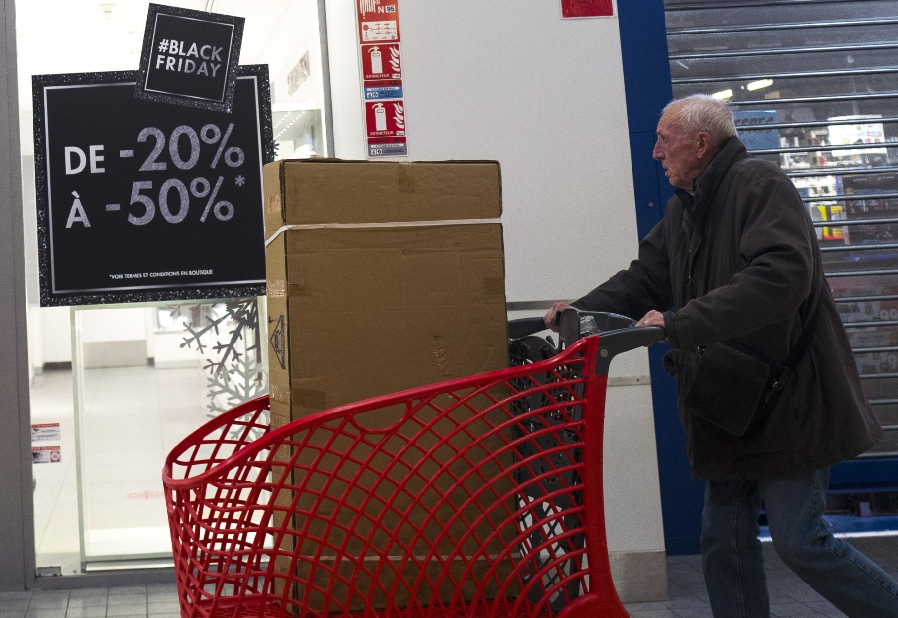 Black Friday Frenzy Goes Global And Not Everyone S Happy