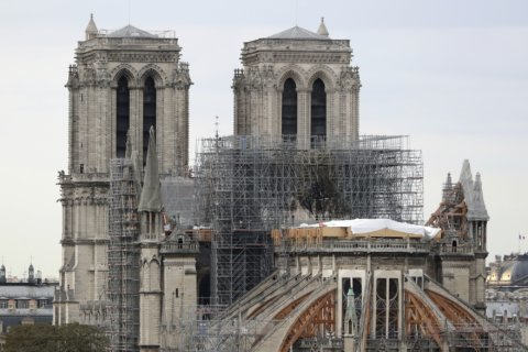 General's battlefield talk on Notre Dame rebuilding shocks