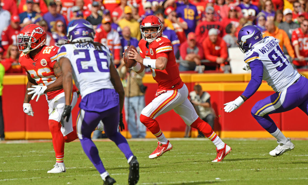 <p><b><i>Vikings 23</i></b><br /> <b><i>Chiefs 26</i></b></p> <p>Sure things in life: Death, taxes and Andy Reid getting the most out of a mediocre QB. Matt Moore posted a 103.9 QB rating to lead Kansas City to scoring drives in four of their final five possessions and knocked off a red hot Vikings team looking to make a statement. The Chiefs&#8217; statement is they&#8217;re a consistent defense away from being a real title contender.</p>