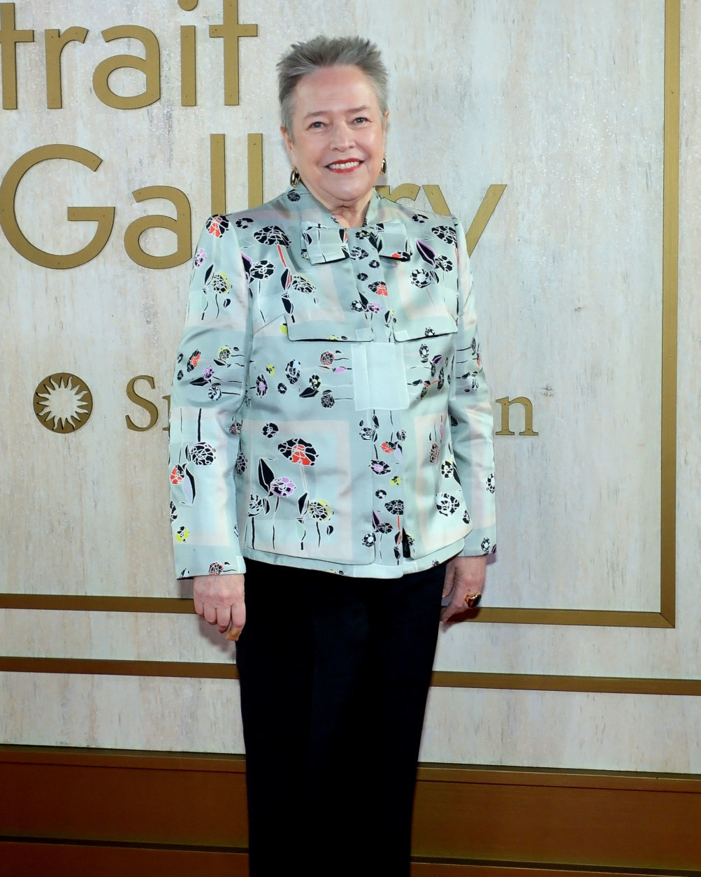 """<p>Other celebrity guests included actress Kathy Bates.</p> <p>The Portrait of a Nation Prize celebrates exemplary achievements in the worlds of science, performing arts, business, fashion and media. The American Portrait Gala was established in 2015 as a fundraiser to strengthen the museum's endowment for exhibitions and focus attention on the museum's work with living sitters and contemporary artists.</p> <p>See images of the new portraits <a href=""""https://wtop.com/gallery/dc/new-to-the-national-portrait-gallery-jeff-bezos-lin-manuel-miranda/"""" target=""""_blank"""" rel=""""noopener"""">here</a>.</p>"""