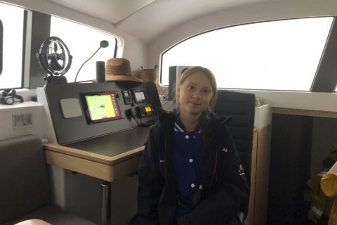 Greta Thunberg hitches low-carbon ride across Atlantic