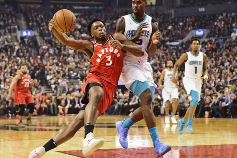 Anonoby scores career-high 24, Raptors beat Hornets 132-96