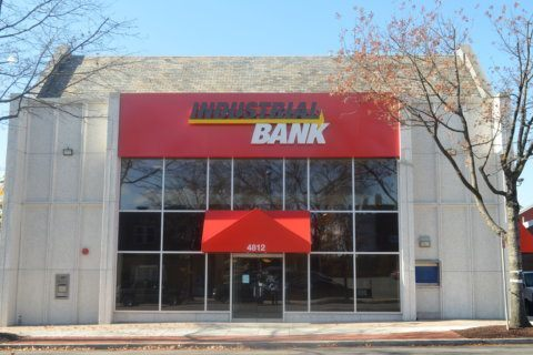 DC minority-owned Industrial Bank picks up NJ, NY branches
