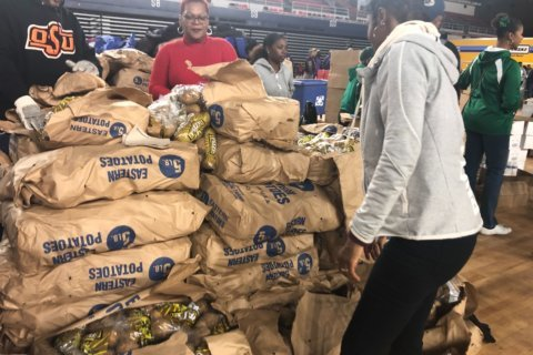 Project Giveback marks 25 years of providing hot Thanksgiving meals to those in need