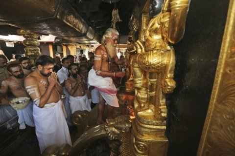 Indian court to set law on women's entry in temples, mosques