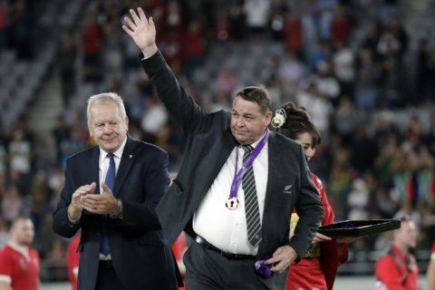 Departing All Blacks coach Hansen fires off parting shot