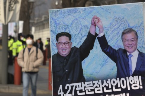 South Korea fires warning shots at North Korean ship