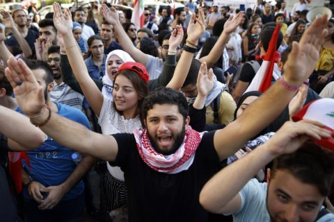 First death reported in nationwide protests wracking Lebanon