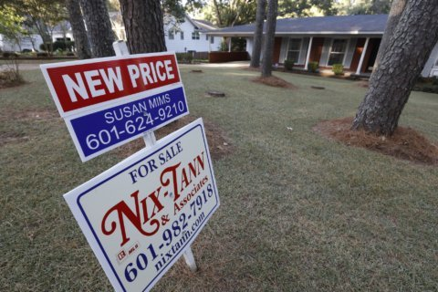 US long-term mortgage rates rise; 30-year at 3.75%