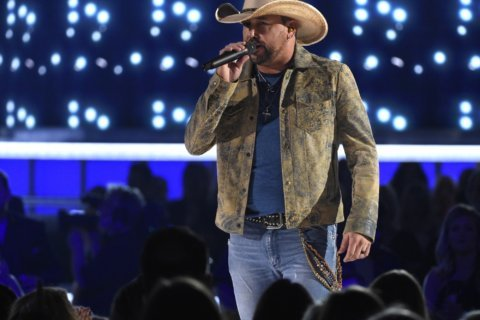 Jason Aldean says owning his records was a priority to him